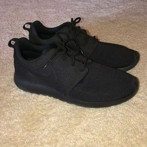 Brand new Nike shoes